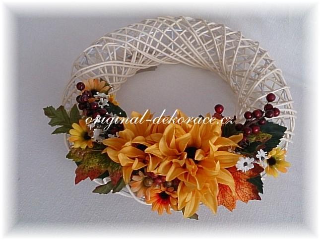 Podzimní dekorace na dveře