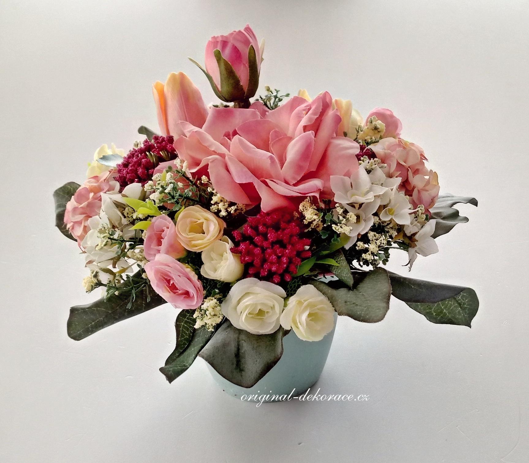 Celoroční dekorace na stůl z umělých květin - růže  588b81dcd3